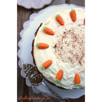 Wilgotne ciasto marchewkowe