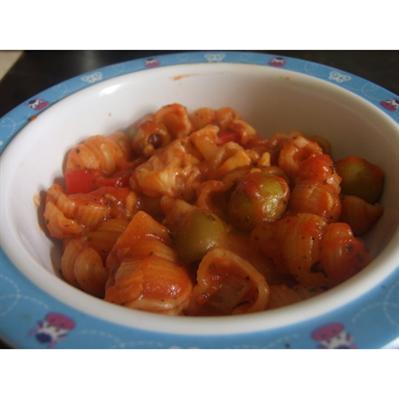 Muszelki z sosem pomidorowym dla najmłodszych