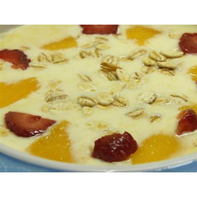 Jogurt brzoskwiniowy domowej roboty